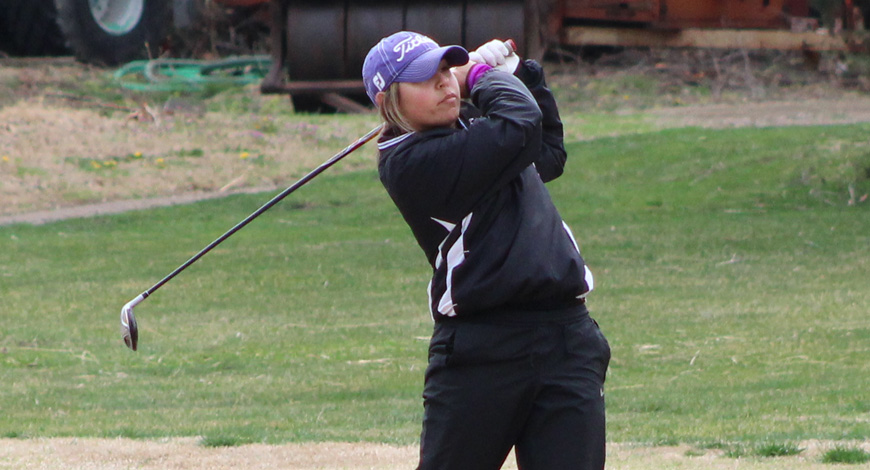 Photo for Women's Golf posts wire-to-wire win at Ottawa Fall Invitational