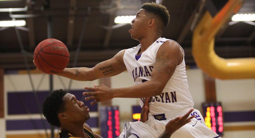Photo for Four Coyotes reach double figures, but Southwestern gets by Men's Basketball 84-72