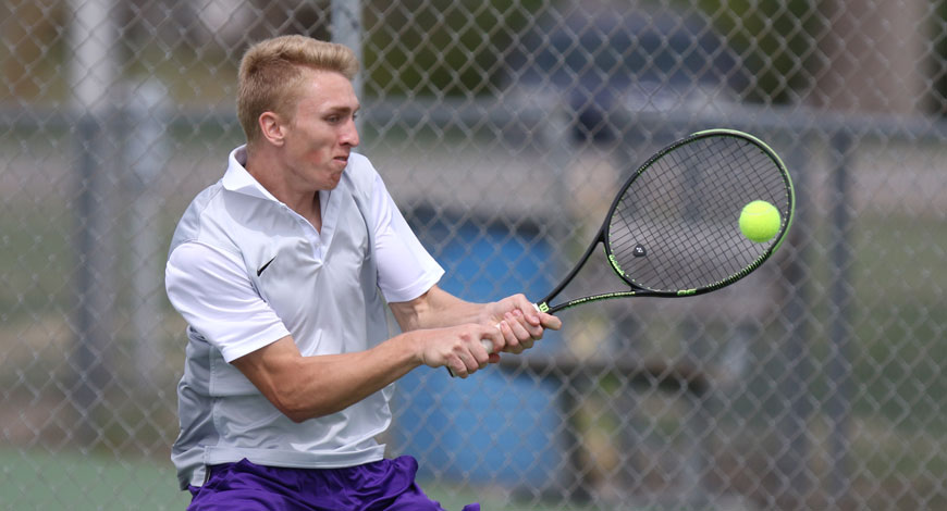 Photo for Men's Tennis cruises to 8-1 win over Friends