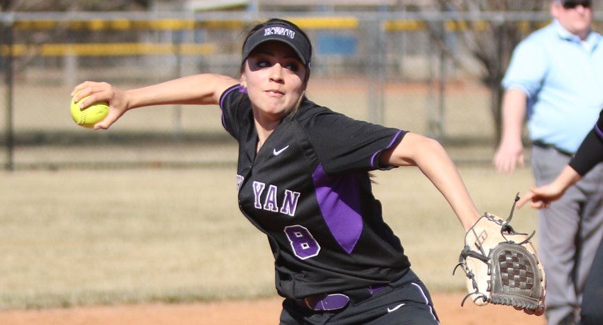 Photo for Softball improves to 8-0 with second sweep of SAGU