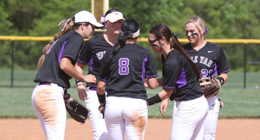 Photo for Softball sweeps Oklahoma Wesleyan in home finale