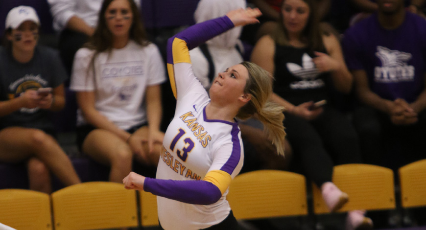 Photo for Volleyball tops Spires in five sets, sweeps Haskell at Saint Mary Triangular