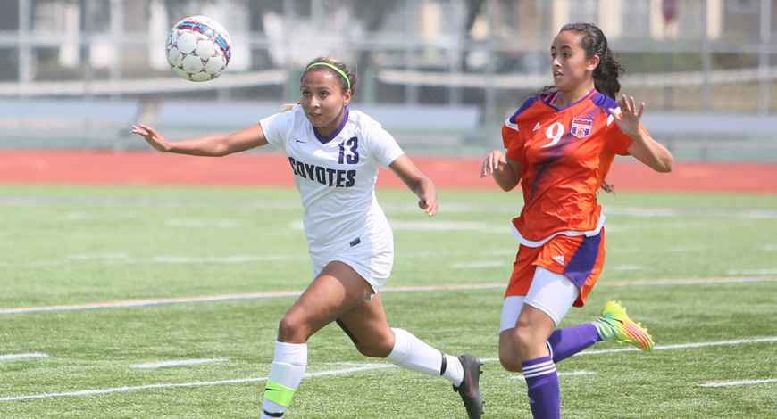 Photo for Women's Soccer nets first victory of the season with 4-1 win over Waldorf