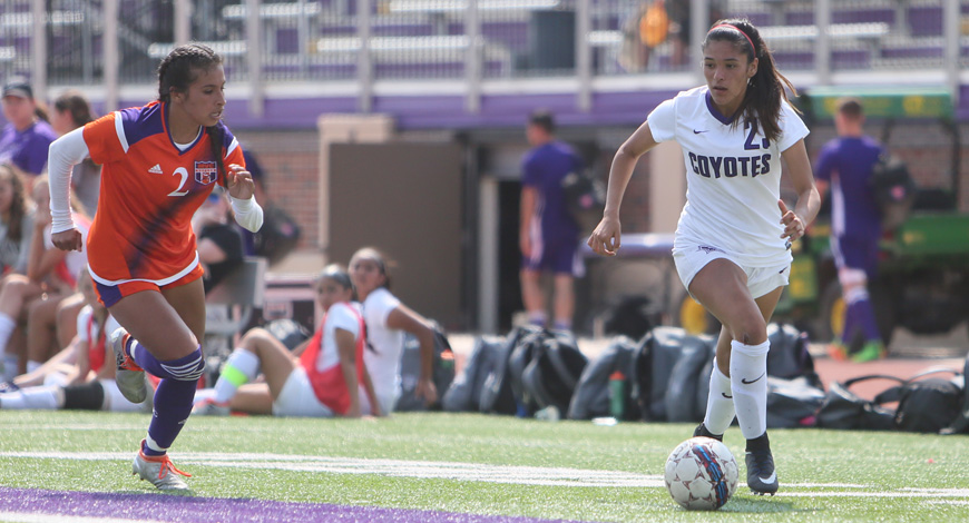 Photo for Women's Soccer tripped by Missouri Valley 1-0